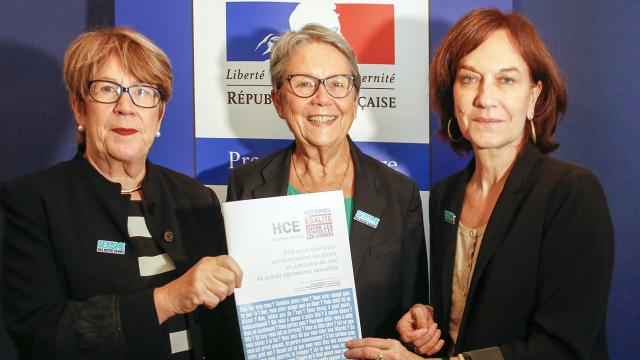 Le 5 octobre, le Haut Conseil à l'Egalité a publié et remis à Laurence Rossignol, la Ministre des Familles, de l'Enfance et des Droits des Femmes, son Avis pour une juste condamnation sociétale et judiciaire du viol et autres agressions sexuelles.