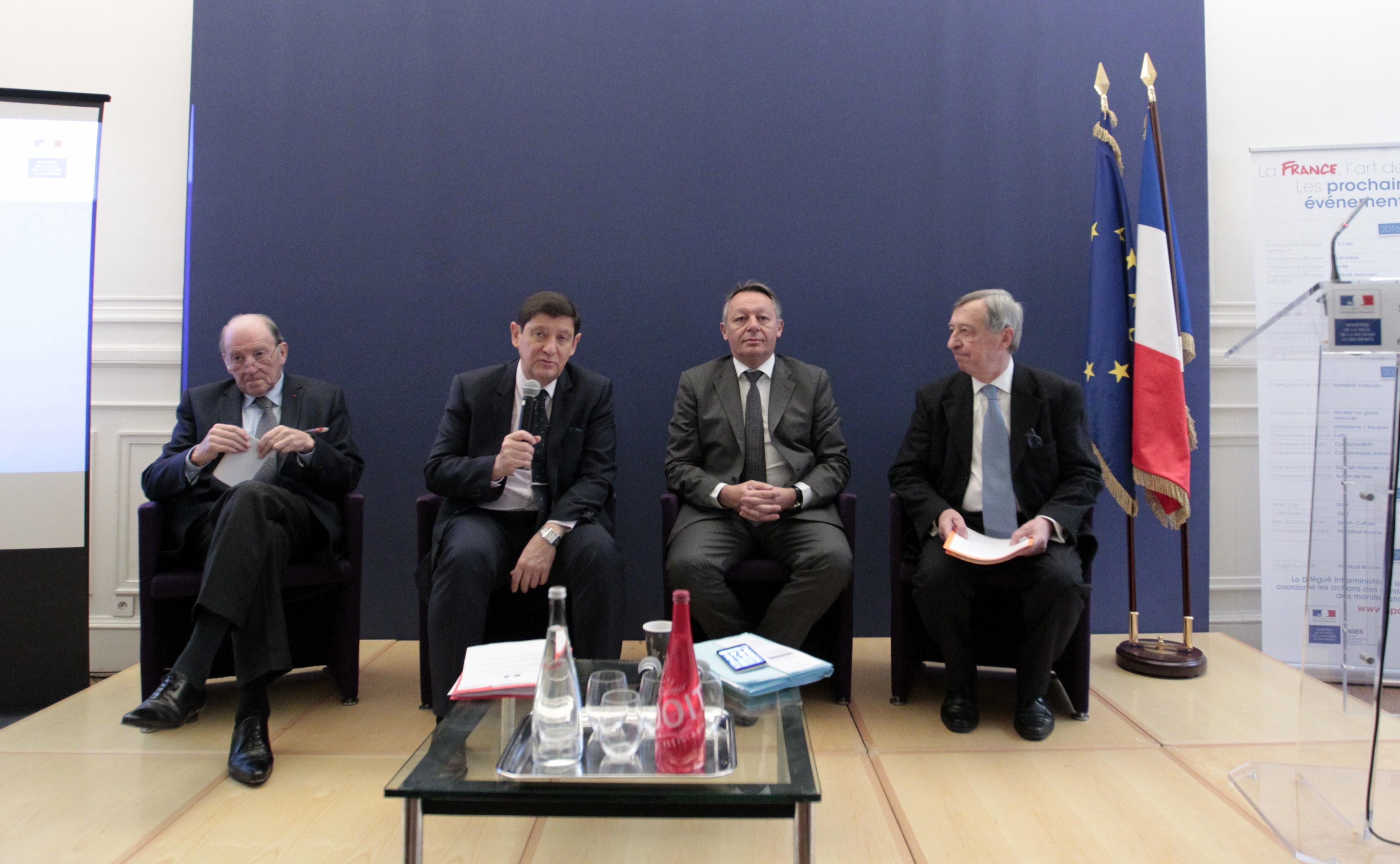 Jacques Lambert, Patrick Kanner et Thierry Braillard lors de la présentation de l'étude / © Hervé Hamon - MVJS