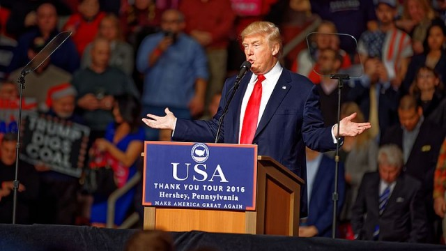 Donald_Trump_at_Hershey_PA_on_12_15_2016_Victory_Tour_x_02