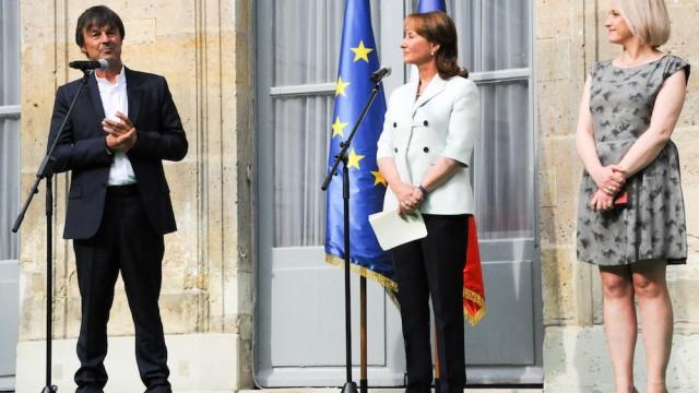 France. Paris le 2017/05/17 Passation de pouvoirs au Ministere de Ecologie. Nicolas Hulot Ministre de Ecologie Solidaire et Segolene Royale et Barbara Pompili