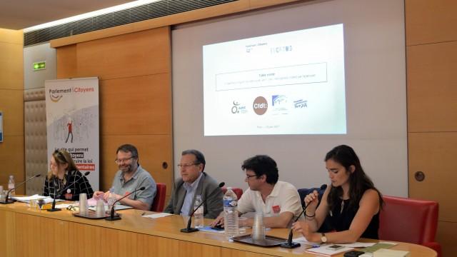 Des représentants de la société civile (Association des paralysés de France, CFDT, CESE, Paris 2024) qui ont recours à la participation citoyenne. © Sami Cheikh Moussa / PlacetoB